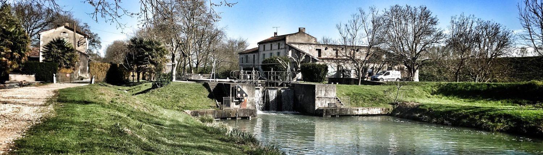 Le Port  Canal Du Midi Valence D U0026 39 Agen